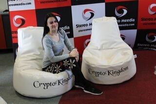 Crypto Kingdomi mainostuolit