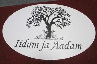 Kyltti Iidam ja Aadam
